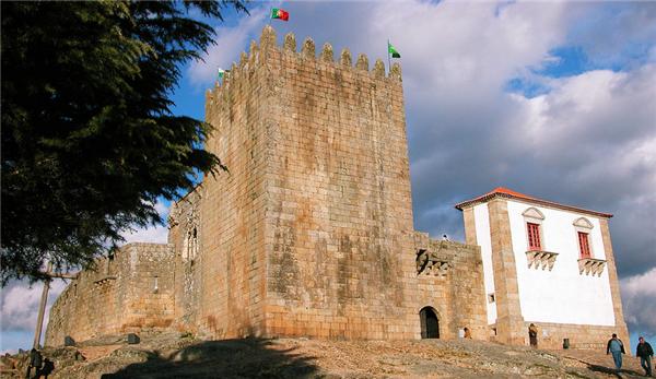 Belmonte locais percursos festas e monumentos